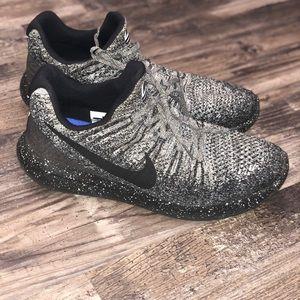 Nike Shoes - Nike Lunarepic flyknit 2